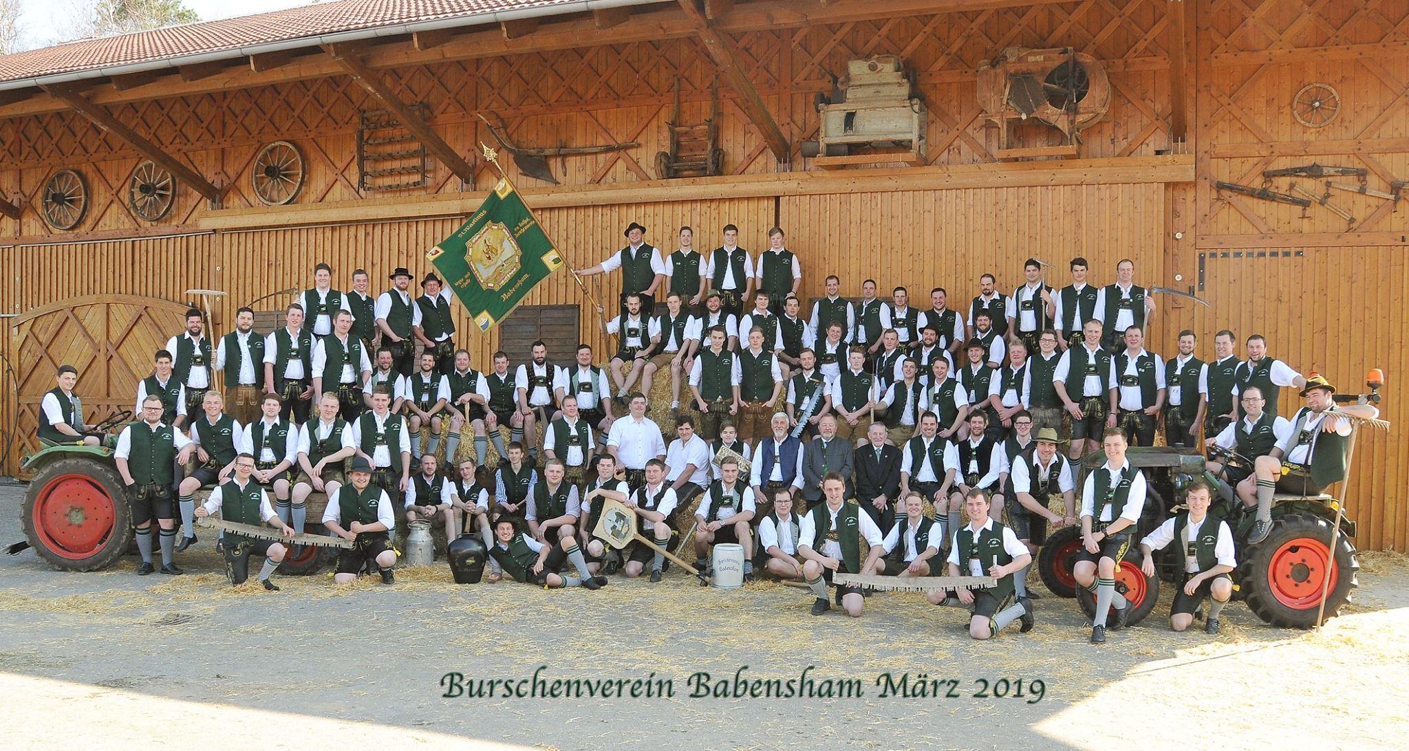 Vereinsfoto vom Burschenverein Babensham im März 2019